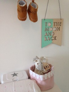 Whats on mamas mind kinderkamer commodemandje jollein