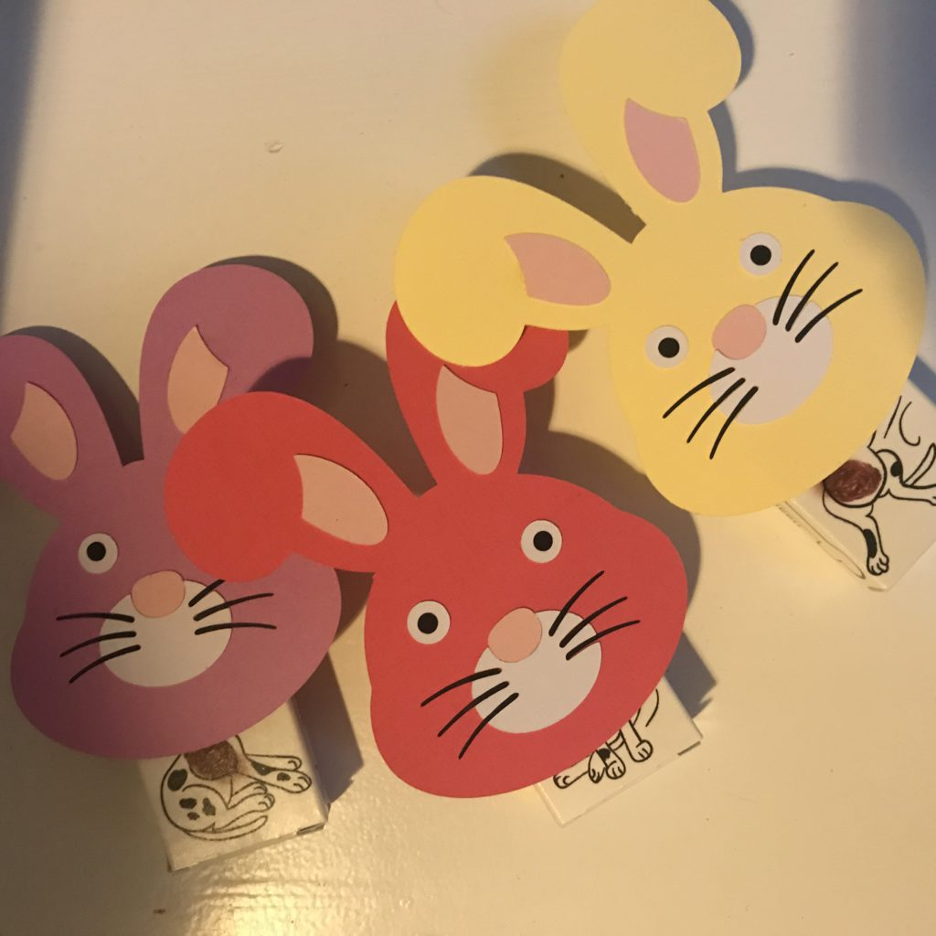 traktatie rozijnendoosjes konijnen