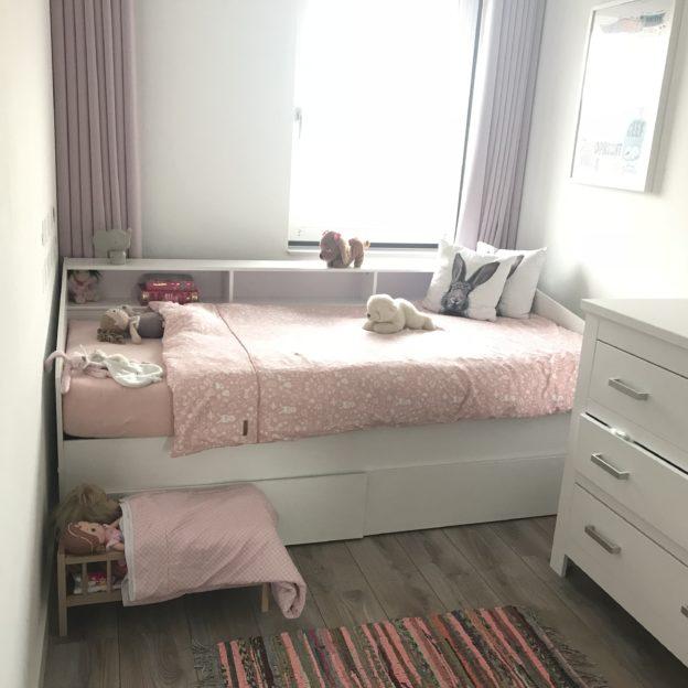 Van Ledikant Naar Groot Bed.Peuter Naar Groot Bed Met Dekbed Little Dutch Mama S Mind