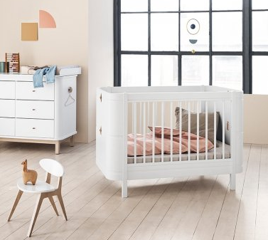 Oliver furniture meegroei