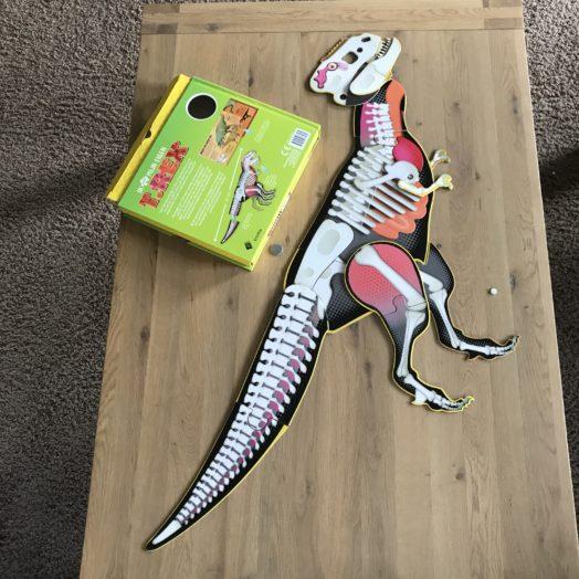 Ik maak mijn eigen t-rex dino