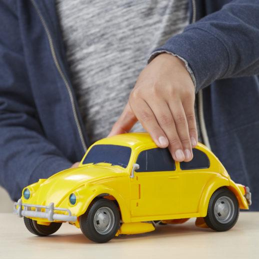 Transformer bumble bee als auto