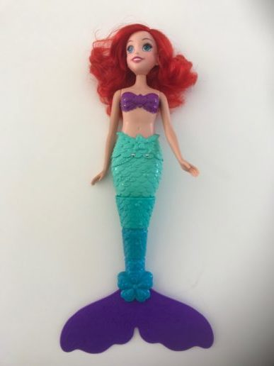 Zwemmen ariel disney prinses