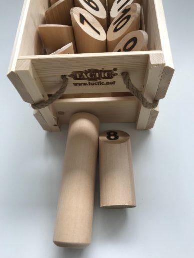 Mollky houtenspeelgoed voor buiten met houtenstokken