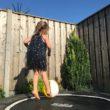 Buitenspelen kinderen trampoline