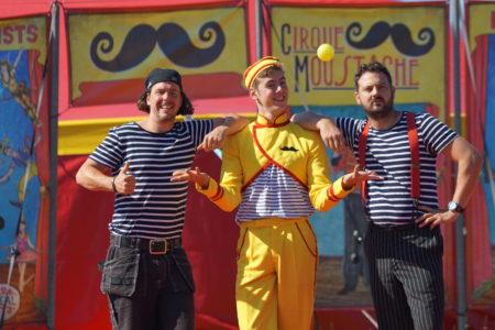 Cirque Moustache zomertour