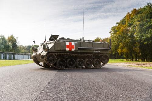 Tank op vliegveld campground twente
