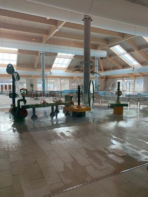 zwembad roompot Beach resort nieuwvliet bad